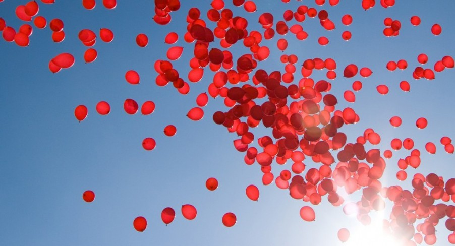 Featured Image 99 Red Balloons With Balloons